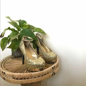 Sparkly gold heels with ankle strap!